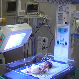 Intensive care treatment for a critically ill new born baby